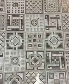 From Faux Wood to Mosaics: Modern Porcelain Tile Trends – Design Milk - Mine Minecraft World Minecraft Floor Designs, Minecraft Pattern, Minecraft Banner Designs, Minecraft Interior Design, Minecraft Banners, Minecraft Decorations, Minecraft Tutorial, Minecraft Buildings, Minecraft Architecture