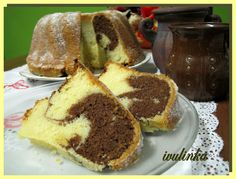 Moc sladká, testo na větší babovkovou formu Sweet Desserts, Sweet Recipes, Czech Recipes, Ethnic Recipes, Bunt Cakes, Rum Cake, Tiramisu, Sweet Tooth, French Toast