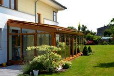 Zimní zahrada v provedení plastových profilů. Speciální konstrukce řeší tepelné mosty a odvod kondenzátu ze zasklívacího systému do venkovního prostředí. Velký výběr barev. Cena zimní zahrady od 10 000 Kč/m^2 ; DAFE-PLAST Pergola, Outdoor Decor, Gardens, Home Decor, Greenhouses, Decoration Home, Room Decor, Outdoor Pergola, Outdoor Gardens