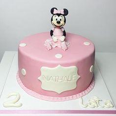 Tort myszka minnie 🎂 #tort #tortdladzieci #birthday #birthdaycake #tortypasłęk #paslek #pasłęk #mgotuje #cake #fondant #myszkaminnie #dorosioweranty Birthday Cake, Desserts, Tailgate Desserts, Deserts, Birthday Cakes, Postres, Dessert, Cake Birthday, Plated Desserts
