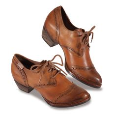 Brown Leather Oxford Shoes by Pikolinos Almost flat.