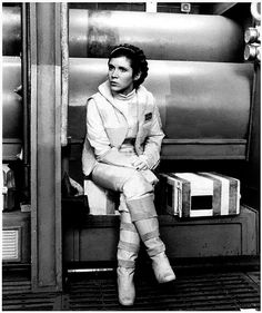 Carrie Fisher on the Millennium Falcon interior set. Star Wars Love, Star War 3, Carrie Frances Fisher, Saga, Princesa Leia, Leia Star Wars, Han And Leia, Star Wars Images, Star Wars Wallpaper