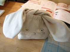 ADORABLE - little bag from a Japanese sewing pattern - DIY on site