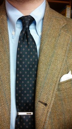 One of my Hathaway shirts in action. Redwood & Ross tie, Southwick sportcoat.