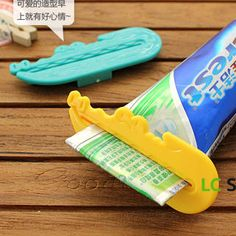 Buy 'Lazy Corner – Set of 3: Crocodile-Accent Toothpaste Squeezer' at YesStyle.com plus more China items and get Free International Shipping on qualifying orders.