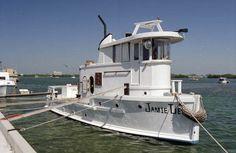 very large fabulous floating home houseboat key west