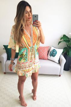VESTIDO CURTO FARM TRANQUILIDADE - LARANJA - BabadoTop Summer Outfits, Cute Outfits, Summer Dresses, Bohemian Style, Boho, Outfit Posts, Summer Looks, Casual Shirts, Fashion Dresses