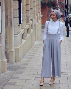 New hijab fashion inspiration wedding ideas Modern Hijab Fashion, Street Hijab Fashion, Hijab Fashion Inspiration, Arab Fashion, Muslim Fashion, Fashion 2020, Modest Fashion, Fashion Dresses, Style Inspiration
