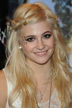 Whimsical eye candy, Edgy Hair and Makeup Looks to Try for Halloween - (Page 2)