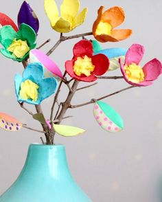 spring craft activities for kids - egg carton flowers