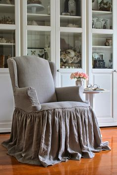 It's probably just wrong for me to want to cover my coffee chair like this, but I really think it has character. My sort of character.