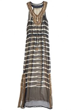 i would like to get some maxi dresses..problem is finding ones i like! I do like this one...i'm pretty sure ellie wore it on the season finale of Cougar Town :)