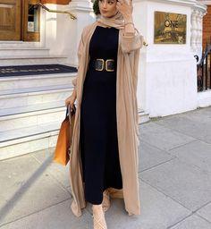 Abaya Fashion, Modest Fashion, Fashion Outfits, Hijab Style, Abaya Style, Hijab Fashionista, Long Sleeve Evening Dresses, Apple Wallpaper, Hijab Dress