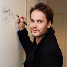 """Taylor Kitsch signs his name with """"No Regrets!"""" So he's basically become Tim Riggins, right? Taylor Kitsch, Beautiful Men, Beautiful People, Tim Riggins, Jesse Metcalfe, Teen Wolf Boys, Friday Night Lights, James Mcavoy, Chris Pine"""