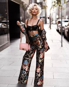Street Style Look Collection From Micah Gianneli Source News Fashion, Fashion Models, High Fashion, Fashion Outfits, Womens Fashion, Fashion Trends, Street Fashion, Dressy Outfits, Cute Outfits