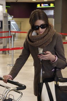 the Fashion Spot - View Single Post - Olivia Palermo Fall Winter Outfits, Winter Fashion, Airport Style, Airport Fashion, Street Fashion, Live Fashion, Womens Fashion, Olivia Palermo Style, Street Style Women