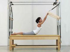 Cadilac - fortalecimento quadrado maior e músculatura lombagia.