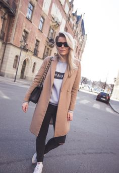 Casual - black jeans / white sneakers / grey sweater / camel coat / black Chanel
