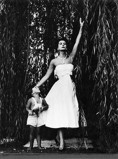Simonetta, wearing one of her designs, with her son Bardo, 1956