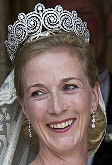 Princess Nathalie of Sayn-Wittgenstein-Berleberg wearing the Khedive of Egypt Tiara at her wedding. The tiara is owned by Queen Anne-Marie of Greece but is worn at the marriage of all the female descendents of Queen Ingrid of Denmark.