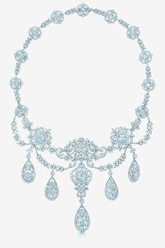 The Wade family necklace, created for the wife of the heir to the Western Union fortune, c. The Wade family necklace, created for the wife of the heir to… Jewelry Box, Jewelry Accessories, Fine Jewelry, Jewelry Necklaces, Jewelry Design, Jewlery, Necklace Chain, Jewelry Trends, Tiffany Jewelry