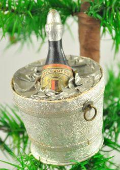 Lot # : 1955 - BOTTLE OF CHAMPAGNE DRESDEN ORNAMENT