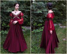 Renaissance Dress Historical Costume 1500 by OanaAndMariaHeller