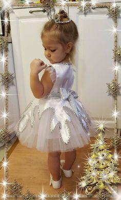 42 New ideas baby dress fancy Baby Girl Party Dresses, Little Girl Dresses, Baby Dress, Girls Dresses, Flower Girl Dresses, Snowflake Dress, Tulle Skirt Dress, African Dresses For Kids, Fancy Dress For Kids