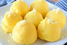 """3,476 Beğenme, 32 Yorum - Instagram'da Yemek.com (@yemekcom): """"İtalyanlar için tavuk ve et yemeklerinin bir numaralı yancısı polentayı yakından tanımaya ne…"""" Grilled Italian Chicken, Italian Chicken Dishes, Appetizer Recipes, Appetizers, Donuts, Polenta, Iftar, Beautiful Cakes, Italian Recipes"""