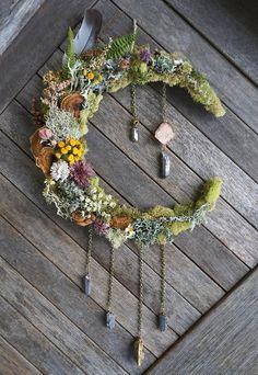 23 Clever DIY Christmas Decoration Ideas By Crafty Panda Deco Floral, Arte Floral, Diy Wedding Decorations, Decor Wedding, Diy Wedding Crafts, Altar Decorations, Moon Crafts, Beach Crafts, Deco Nature