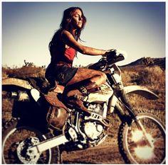 Dirt don't hurt girls!  #dirtdonthurt #dirty #girl #ride #moto #inspo #aspire
