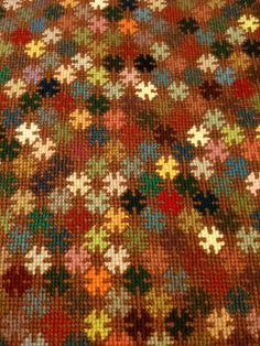 Reste projekt Peyote Patterns, Loom Patterns, Cross Stitch Patterns, Diy Embroidery, Cross Stitch Embroidery, Embroidery Patterns, Seed Bead Projects, Palestinian Embroidery, Crazy Patchwork
