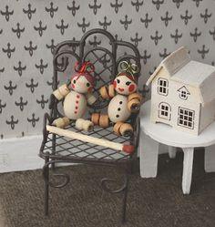 Lasituvan Miniatyyrit - Lasitupa Miniatures: DIY: Wooden bead doll - puuhelminukke 1/12