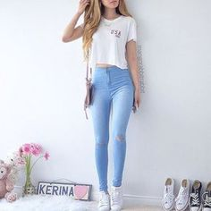 40 Best School Outfits For Teen Girls to Look Cool - Artbrid - Teen Girl Outfits, Outfits For Teens, Trendy Outfits, Cool Outfits, Teen Fashion, Fashion Outfits, Womens Fashion, Fashion Beauty, School Fashion