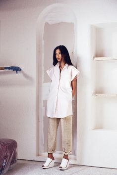 I love these shoes and the oversized shirt. Rachel Comey Resort '15.