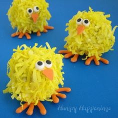 Coconut Cake Pop Chicks