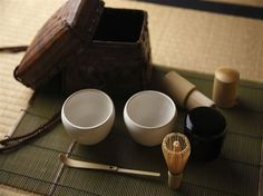 Green tea is one of the most important beverages. We love Japanese green tea and this beautiful Japanese tea set.