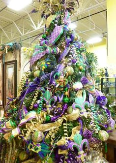 78 best HOLIDAYS MARDI GRAS TREE & WREATHS images on Pinterest ...
