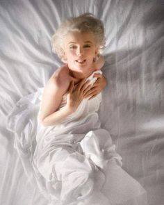 "396 Likes, 16 Comments - Douglas Kirkland (@douglaskirklandstudio) on Instagram: ""This Marilyn Monroe print donated by Douglas and Francoise Kirkland brought a record $40,000 to…"""