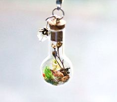 This DIY Necklace Lets You Carry A Tiny Piece Of Nature Wherever You Go