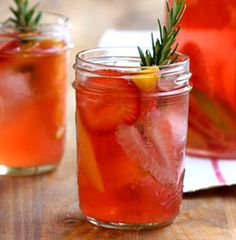 Summertime Sangria  1 ½ ounces Ciroc Peach Vodka (or any peach flavored vodka)  3 ounces BV Riesling (or any semi-dry Riesling)  Splash of grenadine & Ginger ale  1 ounce orange juice  1 ounce pineapple juice  Fresh Summer fruits- red apple, raspberries, & grapes