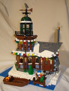 Expand the Winter Village Contest V – Voting - LEGO Town - Eurobricks Forums Lego Christmas Sets, Lego Christmas Village, Lego Winter Village, Lego Village, Christmas Scenery, Christmas Presents, Christmas Ideas, Minecraft Projects, Lego Projects