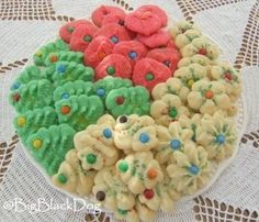 Cream Cheese Christmas Cookies Here's what you need to make these cookies: 1 c. Butter 1 c. Sugar 1-3oz pkg. of Cream Cheese (I always double the recipe and just add 1-8oz package of Cream Cheese. I think the extra Cream Cheese makes a better cookie dough.) 1 Egg Yolk 2 1/2 c. Flour 1/2 tsp. Vanilla.  #cookiepress