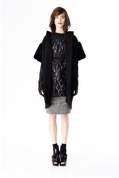 Vera Wang   Pre-Fall 2014 Collection #backinblack #fashion