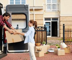 Axel Removals offers experienced and highly-trained removalists in Melbourne, Australia. Get in touch with us to obtain a tailored quote and land the best deal for movers in Melbourne.