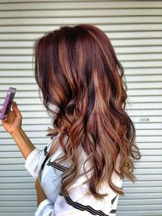 If I had anything but my blonde hair I would want this Coppery Red Hair. It's super gorgeous! Great Hair, Awesome Hair, Hair And Nails, Blonde Highlights, Burgundy Highlights, Caramel Highlights, Fall Highlights, Highlights For Auburn Hair, Auburn Hair With Blonde
