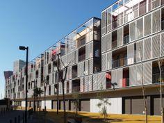 Galeria - Conjunto habitacional, comércio e estacionamentos / ONL Arquitectura - 61