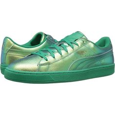 PUMA Basket Classic Holographic (Green Flash) Men's Shoes (€29) ❤ liked on Polyvore featuring men's fashion, men's shoes, shoes, green, puma mens shoes, mens low tops, mens green shoes, mens holographic shoes and mens lace up shoes