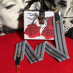 Diy Bag Strap, Purse Strap, Great Gifts For Girlfriend, Embroidered Bag, New Bag, My Bags, Gifts For Women, Bag Accessories, Messenger Bag