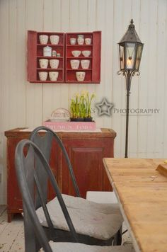 Elämää villa honkasalossa Home Theater, Drafting Desk, Country Style, Decorating Your Home, Kitchen Remodel, Villa, Inspiration, Furniture, Home Decor